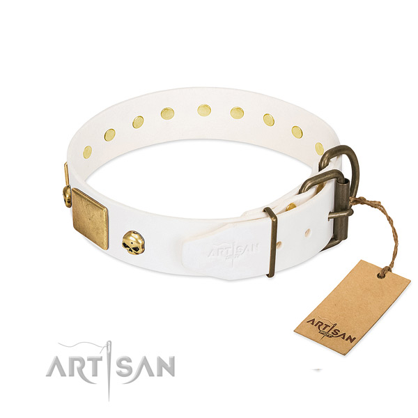 Flexible full grain leather collar made for your doggie