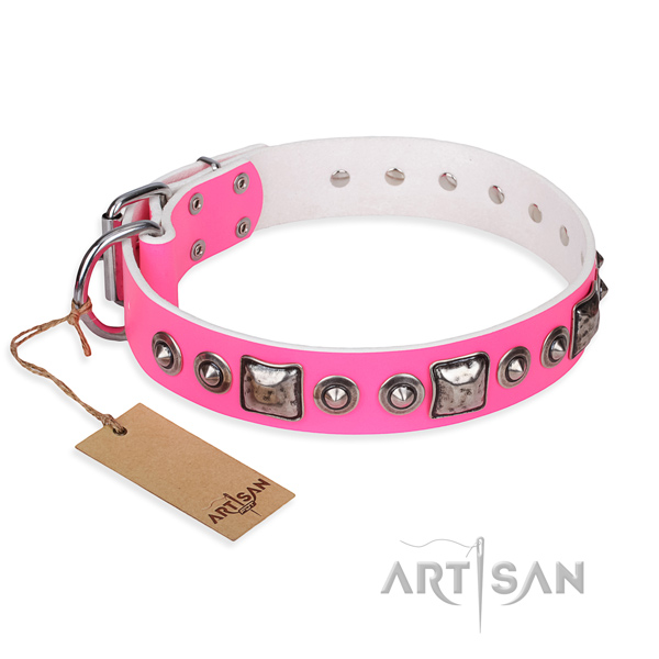 Full grain natural leather dog collar made of best quality material with reliable traditional buckle