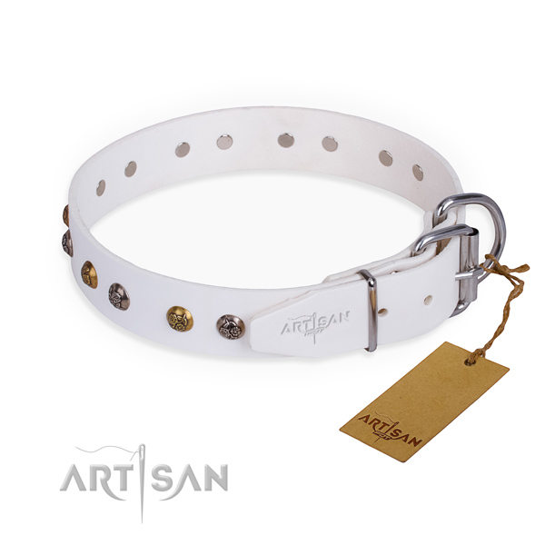Genuine leather dog collar with exquisite rust-proof decorations