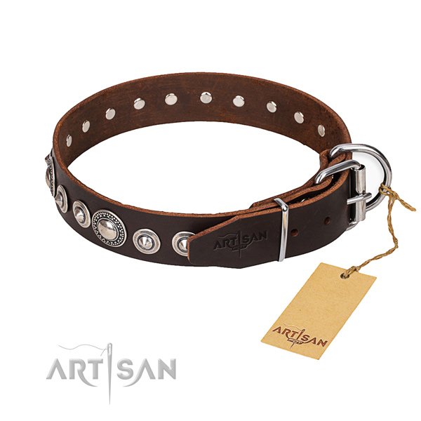 Full grain genuine leather dog collar made of best quality material with corrosion resistant traditional buckle