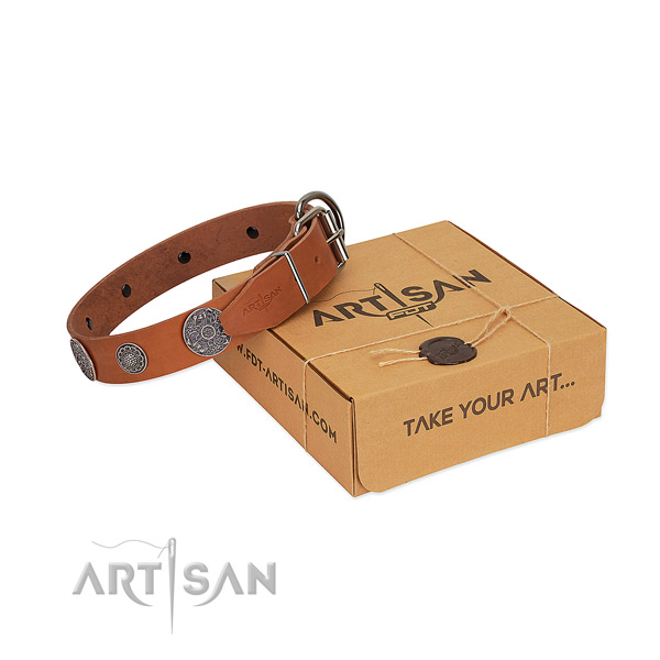Top quality dog collar of full grain natural leather