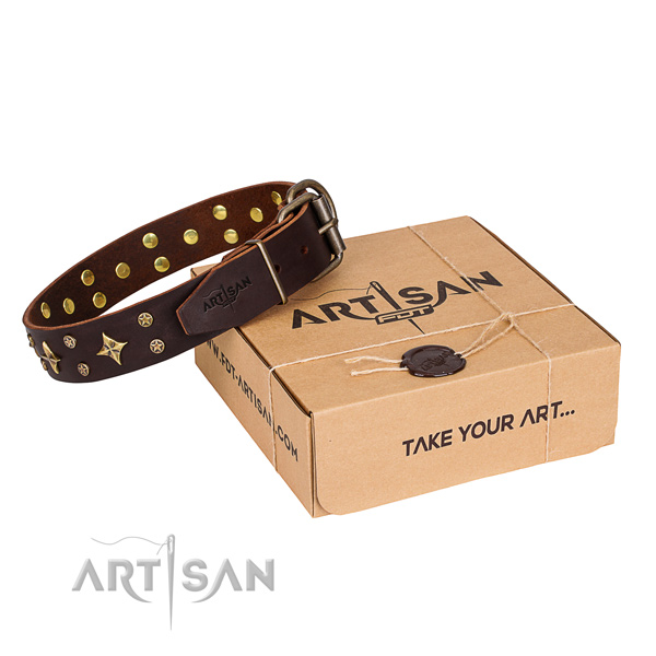 Decorated genuine leather dog collar for easy wearing