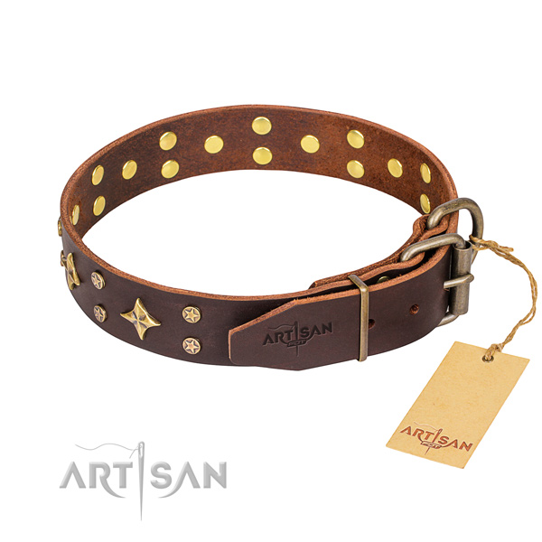 Daily use natural genuine leather collar with decorations for your doggie