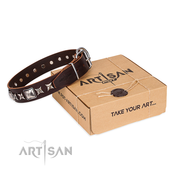 Decorated genuine leather dog collar for comfy wearing